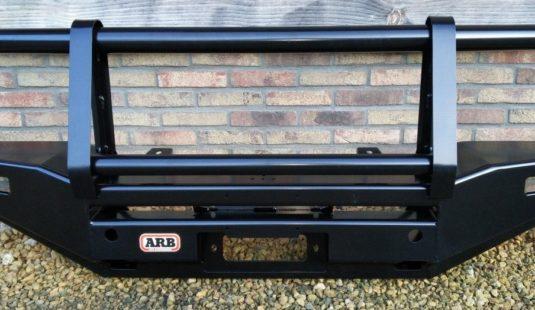 Parts Landrover Defender Bullbar ARB front (voor bij accesoires)