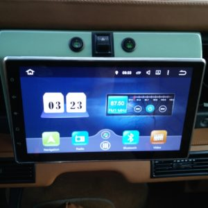 1983 LR LHD Defender 110 V8 A Radio with 10.1 screen , navi and GPS