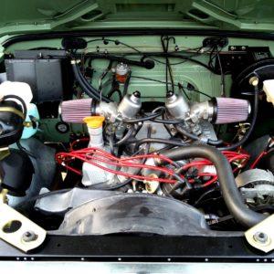 1983 LR LHD Defender 110 V8 A engine bay