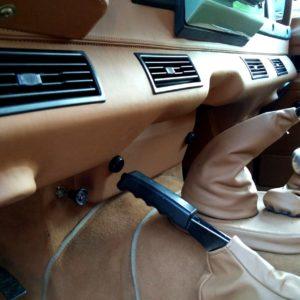 1983 LR LHD Defender 110 V8 A underdash AC