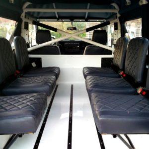 1983 Land Rover Defender 110 LHD Soft Top C 6 jump seats