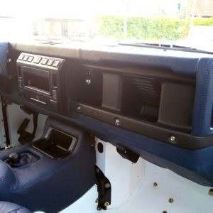 1983 Land Rover Defender 110 LHD Soft Top C dash and trim