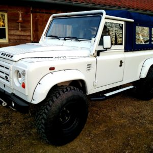 1983 Land Rover Defender 110 LHD Soft Top C left front