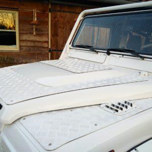 1983 Land Rover Defender 110 LHD Soft Top C puma hood