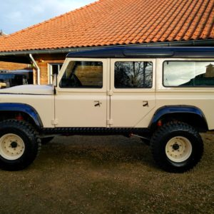 1985 Defender 110 LHD Ivory day 30 left side