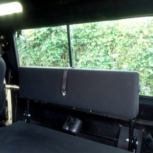 1985 Defender 110 LHD Ivory day 35 WOLF jump seats
