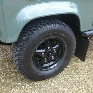 1985 Landrover 90 LHD Truckcab Kesw. Freestyle black rims