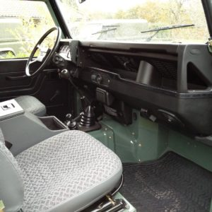 1985 Landrover 90 LHD Truckcab Kesw. Freestyle done dash and trim