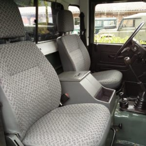 1985 Landrover 90 LHD Truckcab Kesw. Freestyle done front seats