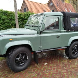 1985 Landrover 90 LHD Truckcab Kesw. Freestyle done left front