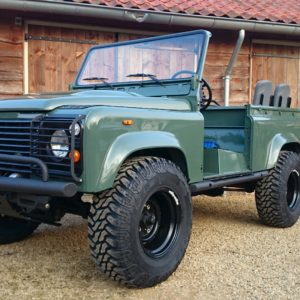 1985 Landrover 90 LHD Truckcab Keswick building day 7 left front