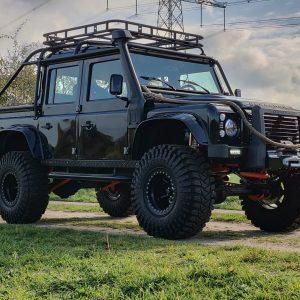 1986 LR LHD 110 SW 3.5 V8 Black A done left front low