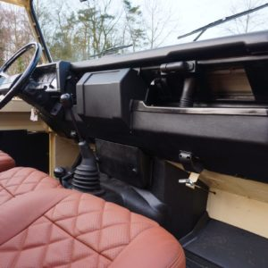 1988 Defender 110 Tithonus Cream building day 11 dashboard