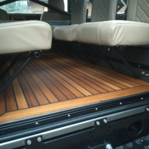 1990 LR LHD 110 Tithonus Grey ready open teak floor with 6 seats