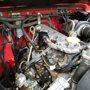 1992 LR LHD 110 5 dr 200 tdi Ex Fire Dept engine bay