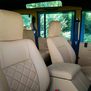 1992 LR LHD 110 Blue 200 tdi day 52 interior front seats