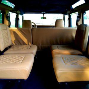 1992 LR LHD 110 Blue 200 tdi day 52 interior loadfloor seats