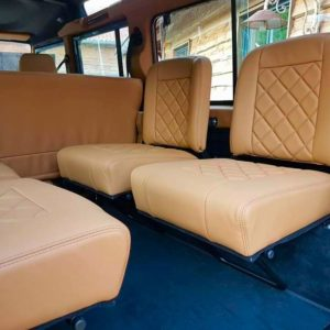 1992 LR LHD 110 Blue 200 tdi day 52 jumpseats in leather with black carpets