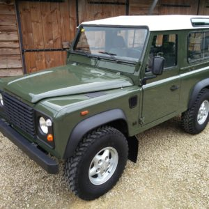 1992 LR LHD Defender 90 200 Tdi Eastnor Green left front top