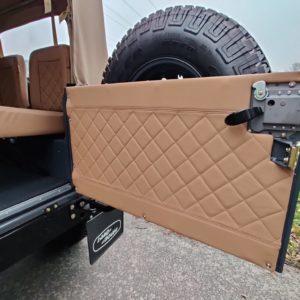 1990 LR LHD D90 V8 AC Heritage Grey AA rear door open