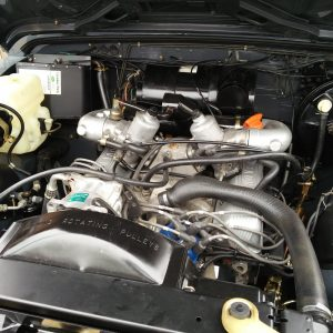 1990 LR LHD D90 V8 AC Heritage Grey ready engine bay