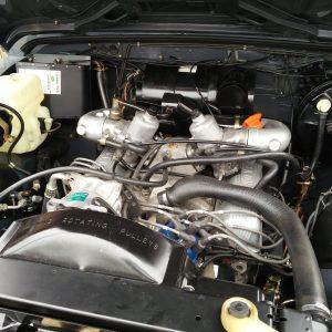 1990 LR LHD D90 V8 AC Heritage Grey ready engine bay