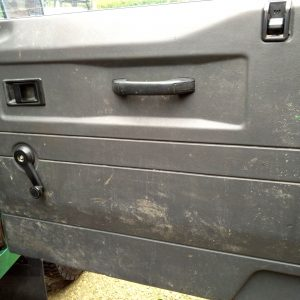 1991 LR LHD 110 5dr 200 Tdi Green interior doorcards