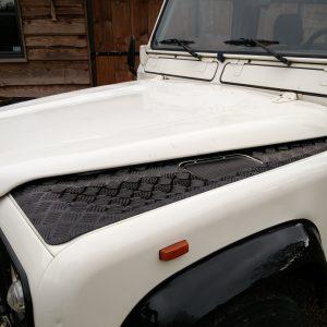 1991 LR LHD Defender 90 S White 200 tdi C bonnet