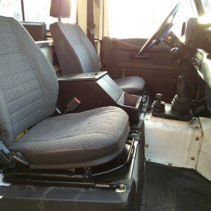 1991 LR LHD Defender 90 S White 200 tdi C front seats