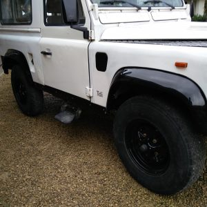 1991 LR LHD Defender 90 S White 200 tdi C right front door color out