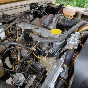 1992 LR LHD 90 200 Tdi Mocca A engine side
