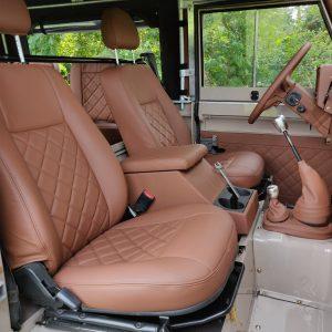 1992 LR LHD 90 200 Tdi Mocca A front seats