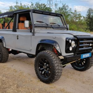 1992 LR LHD Defender 110 Grey ready right front