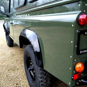 1992 LR LHD Defender 3 dr 200 Tdi A Eastor Green body left rear