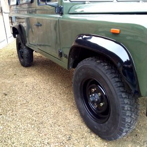 1992 LR LHD Defender 3 dr 200 Tdi A Eastor Green body right front
