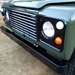 1992 LR LHD Defender 3 dr 200 Tdi A Eastor Green grill close