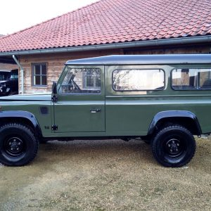 1992 LR LHD Defender 3 dr 200 Tdi A Eastor Green left side
