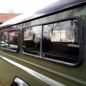1992 LR LHD Defender 3 dr 200 Tdi A Eastor Green sliding glass
