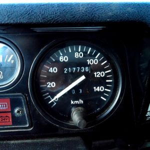 1992 LR LHD Defender 3 dr 200 Tdi A Eastor Green speedo