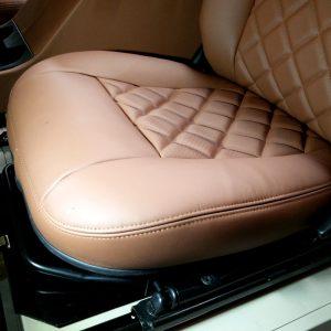 1992 LR LHD Defender 90 200 Tdi Mocc building day 16 front seat base brown leather