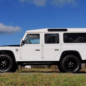 1993 LR LHD 110 Fuji White A 18 inch left side low