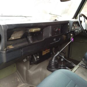 1987 LR RHD Defender Tithonus dash and trim