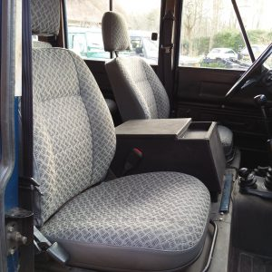 1983 LR LHD 110 ex CH Caledonian Blue front seats