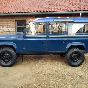 1983 LR LHD 110 ex CH Caledonian Blue left side