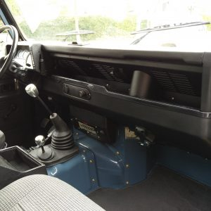 1991 LR LHD Defender 90 Tdi Arles Blue A dash and trim