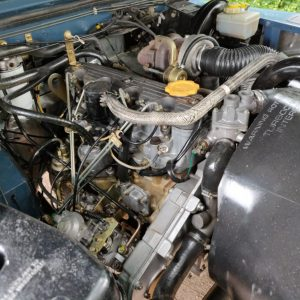1991 LR LHD Defender 90 Tdi Arles Blue AA engine bay