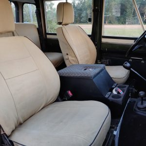 1984 LR LHD Defender 127 Eastnor Green A seatcovers front seats