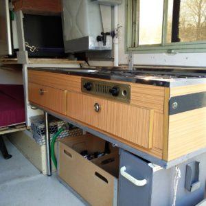1984 LR LHD Defender 110 3.5V8 Camper inside rear cooking