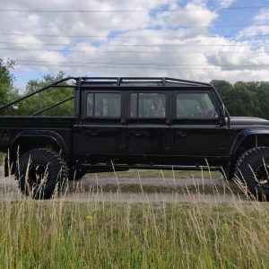 1988 Defender 157 B right side
