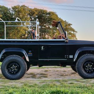 1991 LR LHD Defender 90 Tdi Black building day 25 open right side